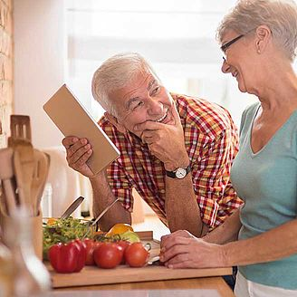 Senior couple doing meal preparations | Protefix