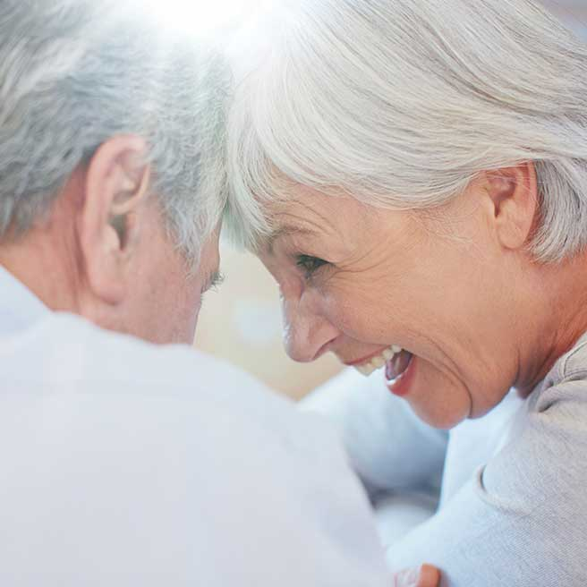 Laughing senior couple   Protefix